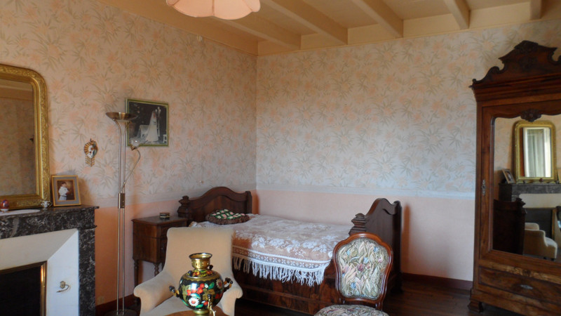 French property for sale in Savigné, Vienne - €128,620 - photo 4