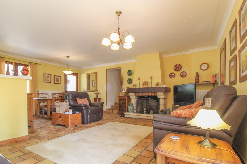 French property for sale in Ouzilly, Vienne - €195,000 - photo 6