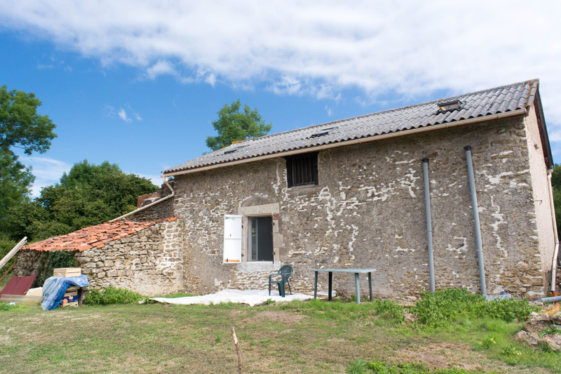 French property for sale in Adriers, Vienne - €96,800 - photo 9