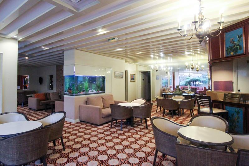 Appartement à vendre à Paris 17e Arrondissement, Paris - 495 000 € - photo 9