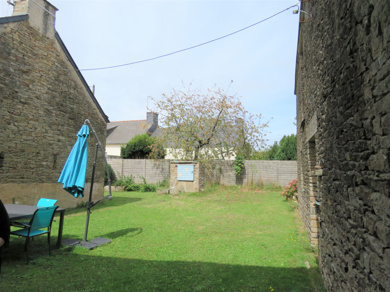 French property for sale in Allaire, Morbihan - €180,000 - photo 5