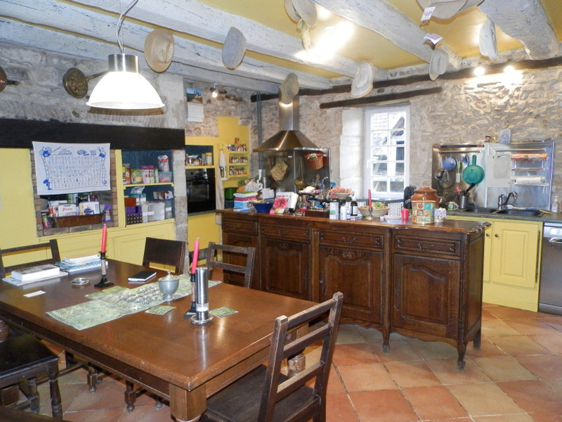 French property for sale in Limeyrat, Dordogne - €472,500 - photo 7