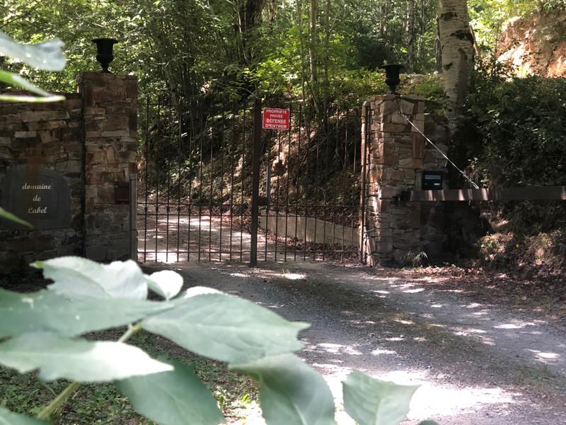 French property for sale in La Salvetat-sur-Agout, Hérault - €980,000 - photo 2