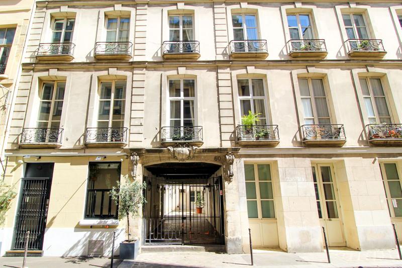 French property for sale in Paris 4e Arrondissement, Paris - €1,550,000 - photo 3