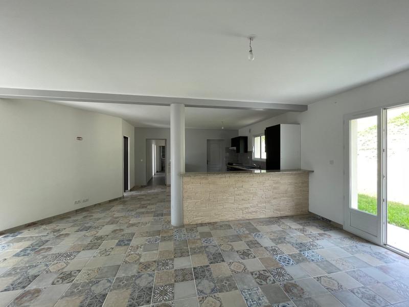French property for sale in Agen, Lot-et-Garonne - €278,200 - photo 4