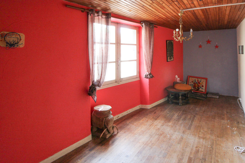 French property for sale in Confolens, Charente - €41,000 - photo 4