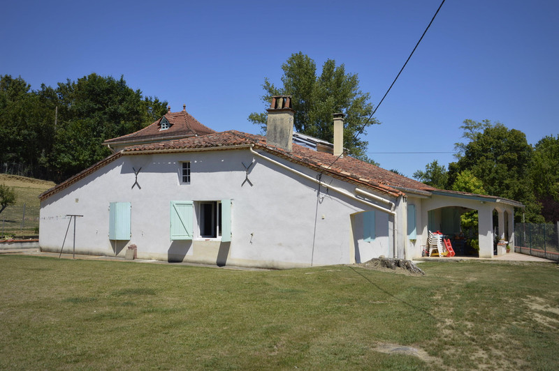 French property for sale in Pinel-Hauterive, Lot-et-Garonne - €267,500 - photo 3