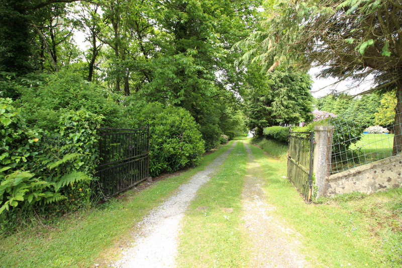 French property for sale in Bubry, Morbihan - €249,000 - photo 10