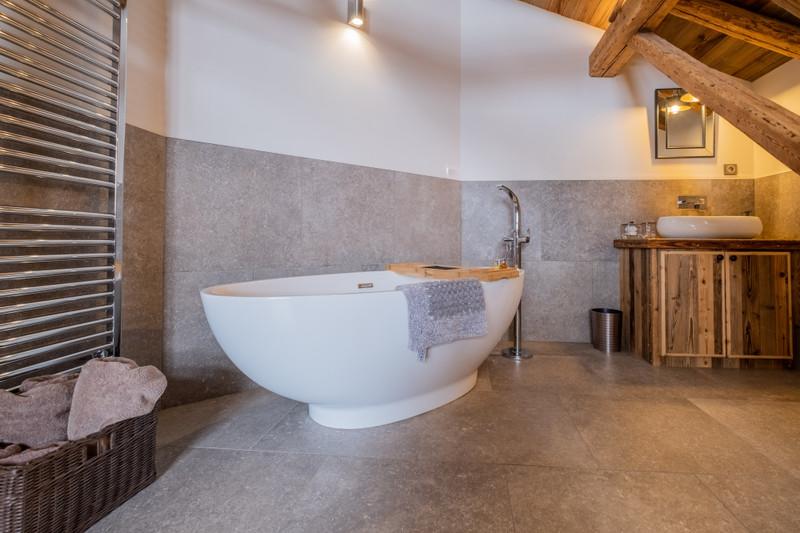 French property for sale in ST NICOLAS DE VEROCE, Haute-Savoie - €1,950,000 - photo 10