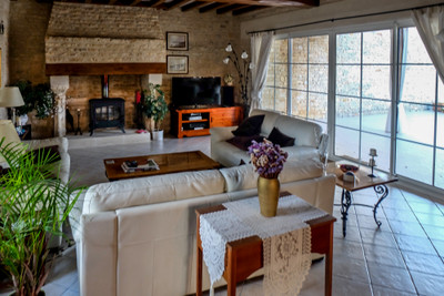Rare and beautiful restored property. One house plus 7 gites. Heated pool. No work to do. Private and peaceful location. Fabulous business.