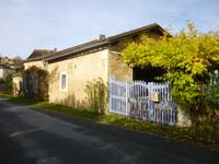 French property, houses and homes for sale inSaint-Laurent-des-BâtonsDordogne Aquitaine
