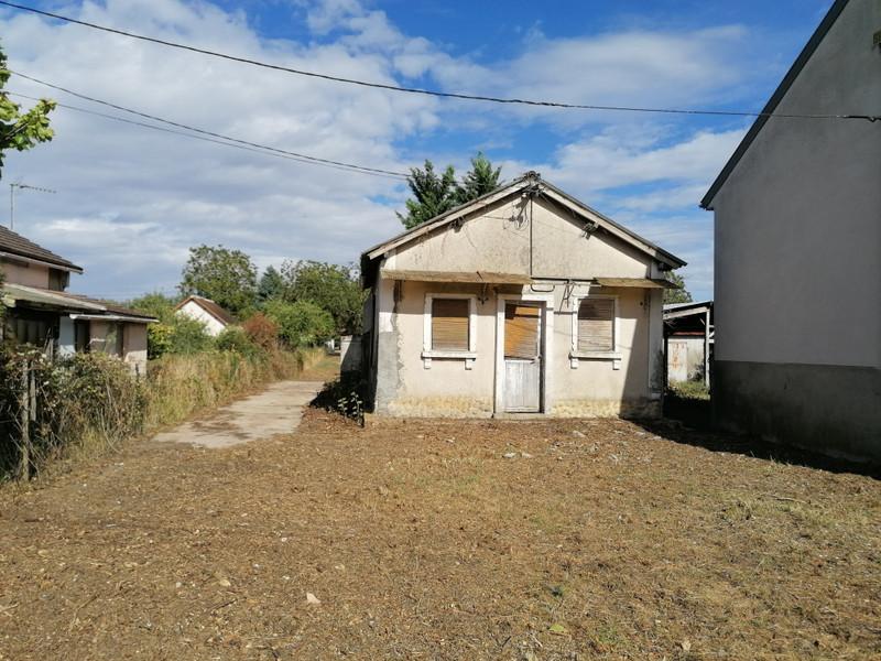 French property for sale in Mézières-en-Brenne, Indre - €19,600 - photo 3