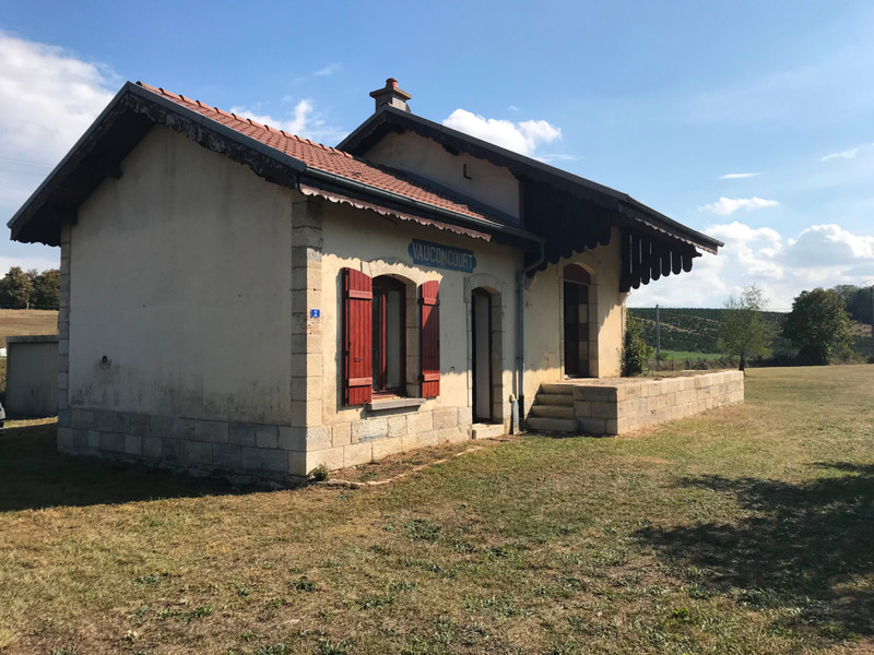 French property for sale in Vauconcourt-Nervezain, Haute Saone - €69,500 - photo 9