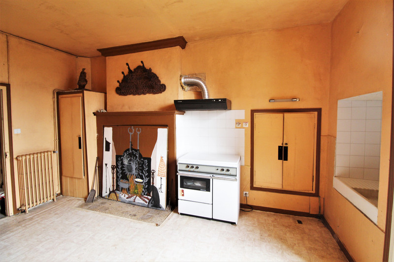 French property for sale in Verteillac, Dordogne - €130,800 - photo 2