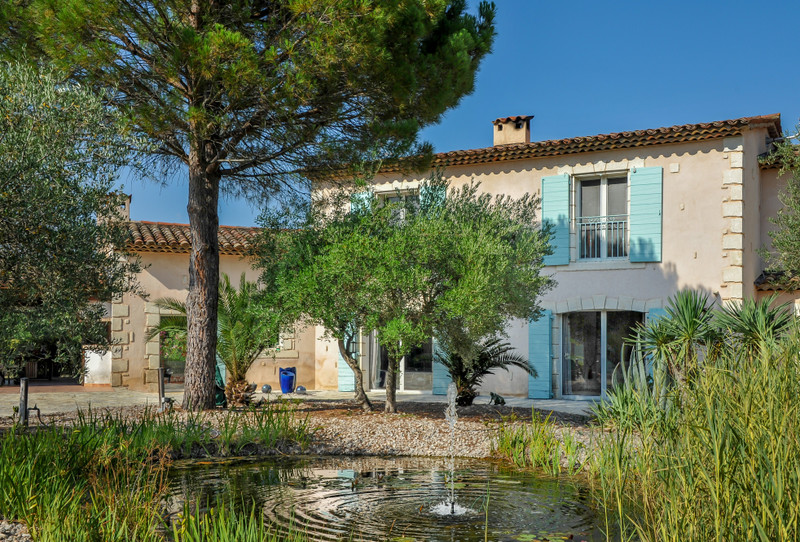 French property for sale in Saint-Paul-en-Forêt, Var - €1,050,000 - photo 2