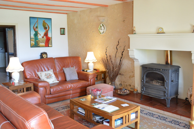 French property for sale in Blanzac-Porcheresse, Charente - €299,980 - photo 5