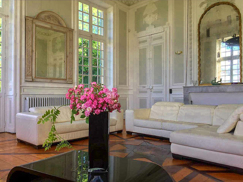 French property for sale in Puybarban, Gironde - €949,995 - photo 2