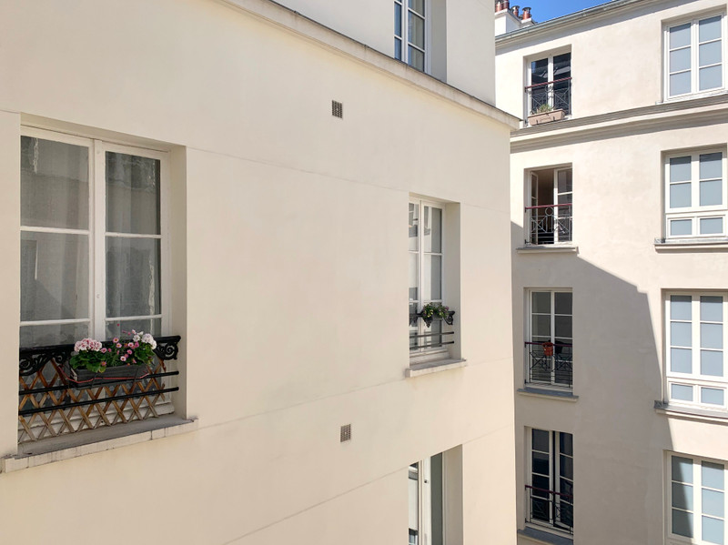 French property for sale in Paris 3e Arrondissement, Paris - €527,000 - photo 2