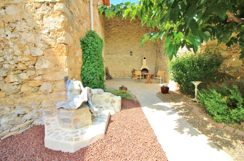 French property for sale in Argeliers, Aude - €385,000 - photo 9