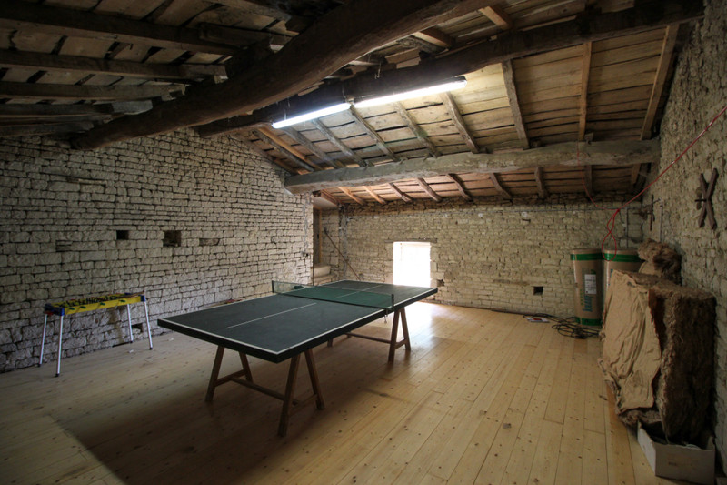 French property for sale in Fontaine-Chalendray, Charente-Maritime - €125,350 - photo 6