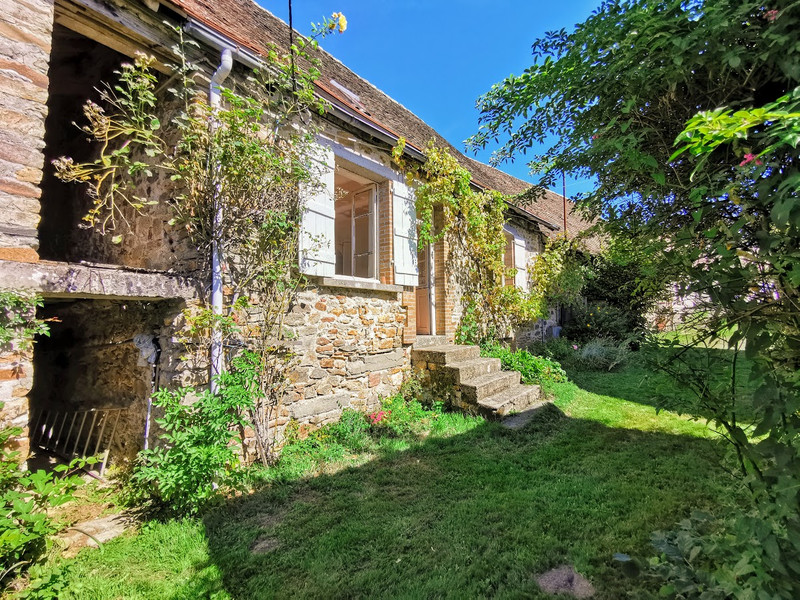 French property for sale in Coussac-Bonneval, Haute-Vienne - €92,000 - photo 10