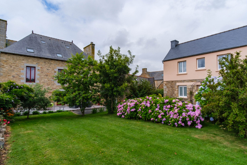 French property for sale in Louargat, Côtes-d'Armor - €699,600 - photo 4