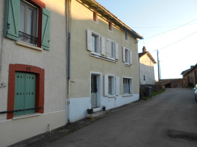 French property for sale in Droux, Haute-Vienne - €77,000 - photo 2