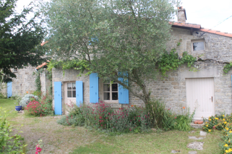 French property for sale in Mougon, Deux Sevres - €256,800 - photo 9