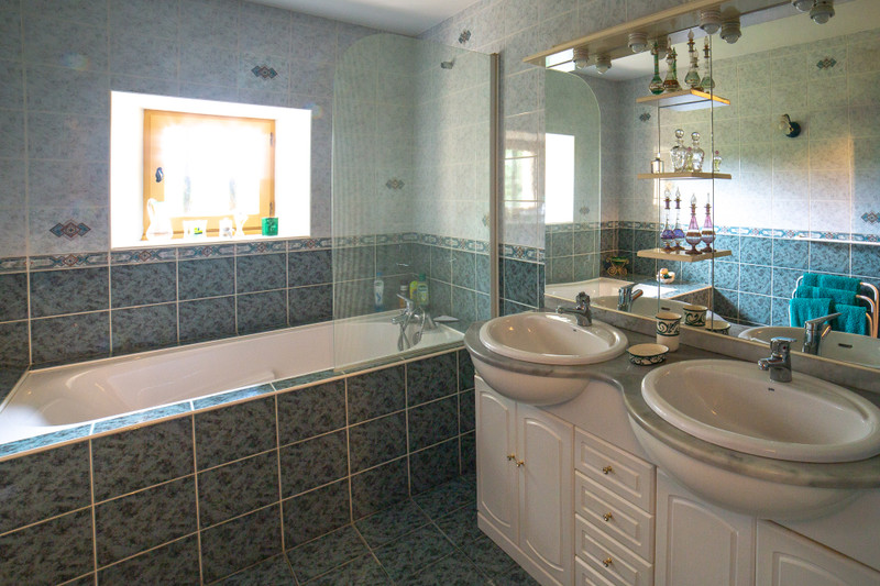 French property for sale in Villeréal, Lot et Garonne - €441,000 - photo 9