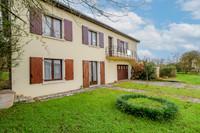 French property, houses and homes for sale inSauzé-VaussaisDeux_Sevres Poitou_Charentes