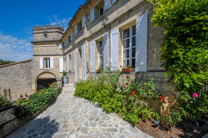 French property for sale in Saint-Émilion, Gironde - €1,199,000 - photo 11