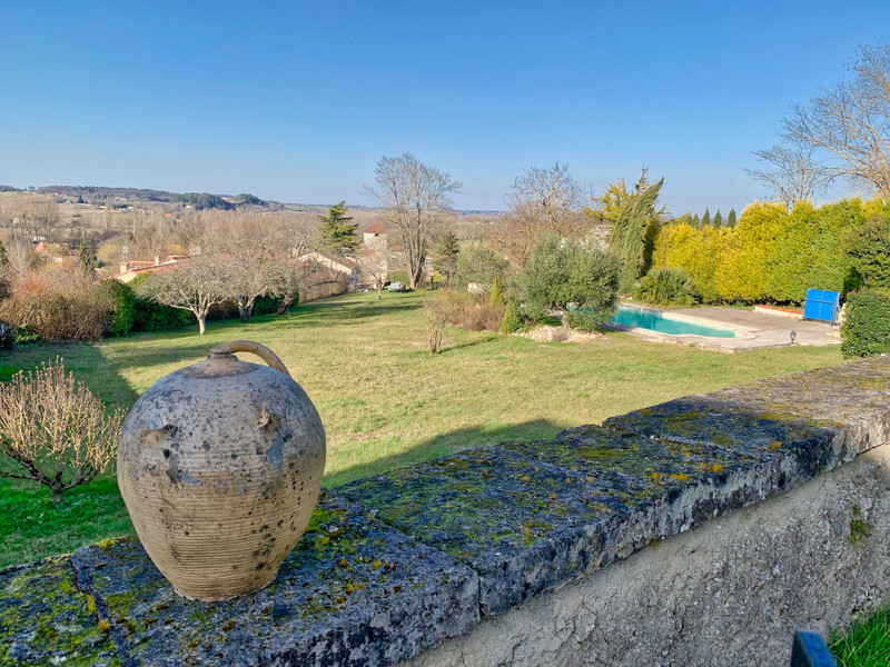 French property for sale in Saint-Aulaye, Dordogne - €402,800 - photo 2