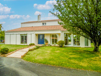 French property, houses and homes for sale in Antigny Vendée Pays_de_la_Loire