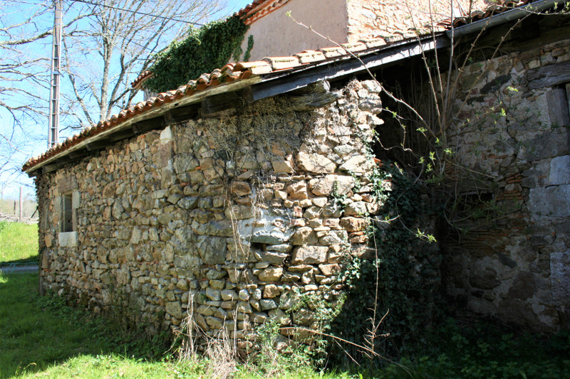 French property for sale in Écuras, Charente - €33,600 - photo 6