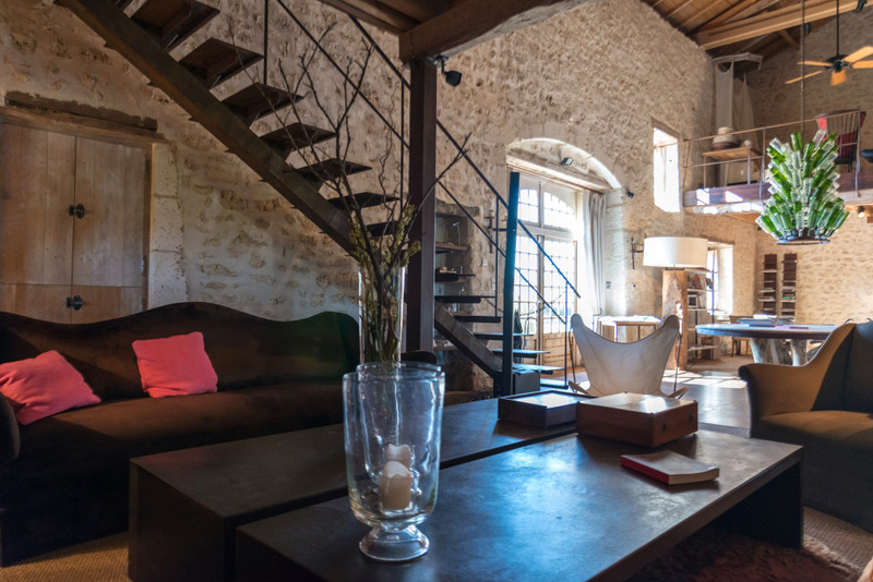 French property for sale in Chadurie, Charente - €1,990,000 - photo 9