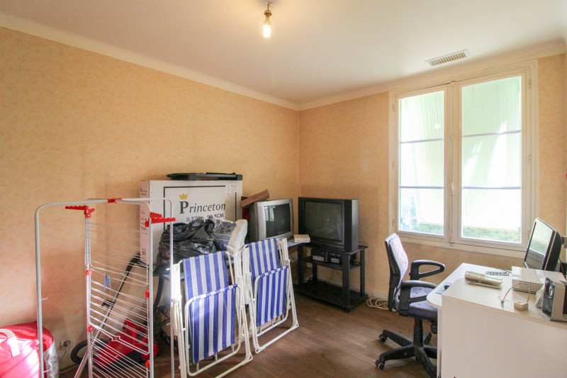 French property for sale in Gouex, Vienne - €77,000 - photo 6