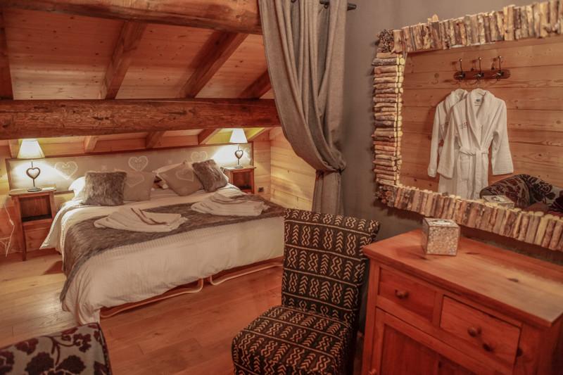 French property for sale in La Côte-d'Arbroz, Haute-Savoie - €895,000 - photo 9