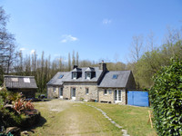 French property, houses and homes for sale inPlouvornFinistère Brittany