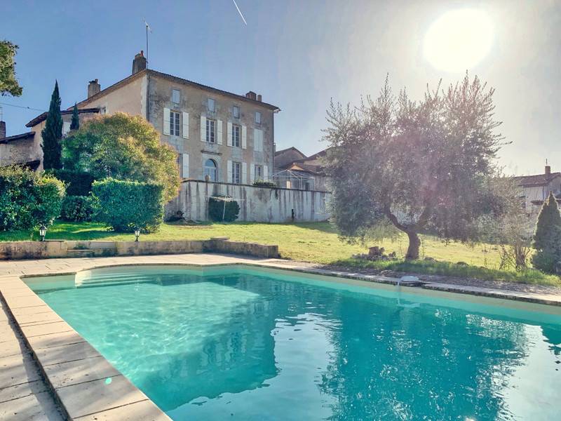 French property for sale in Saint-Aulaye, Dordogne - €402,800 - photo 10
