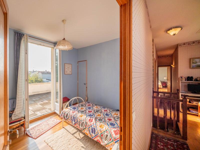 French property for sale in Saint-Maur-des-Fossés, Val de Marne - €1,395,000 - photo 8