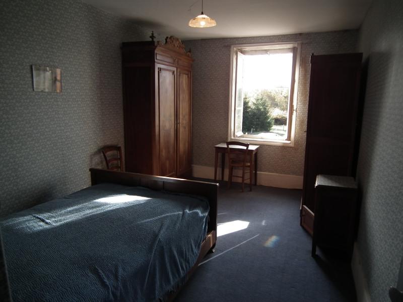 Maison à vendre à Auzances, Creuse - 25 000 € - photo 9