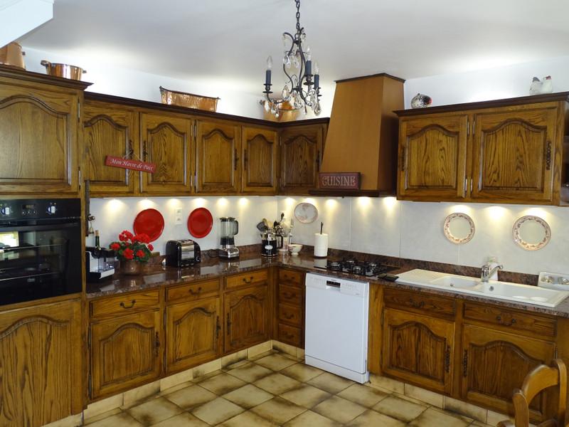 French property for sale in Montignac, Dordogne - €369,000 - photo 5