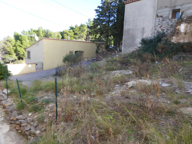 French property for sale in Banyuls-sur-Mer, Pyrenees Orientales - €77,000 - photo 4