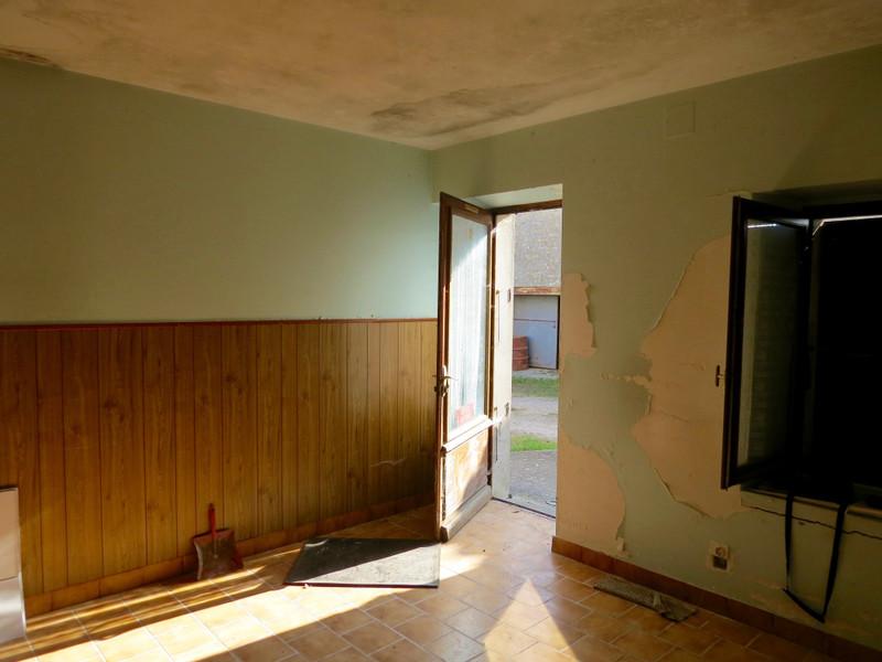 Maison à vendre à Saint-Savinien, Charente-Maritime - 103 550 € - photo 5