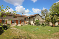 French property, houses and homes for sale inJuilléCharente Poitou_Charentes
