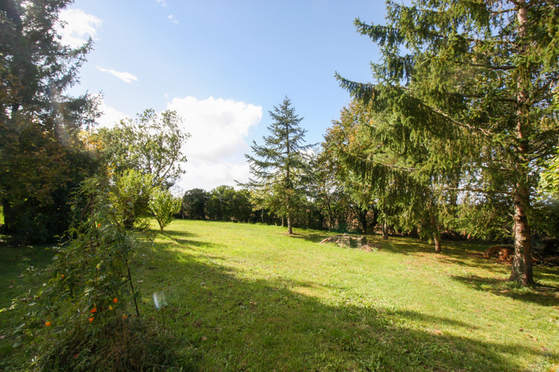 French property for sale in Lozay, Charente-Maritime - €214,000 - photo 9