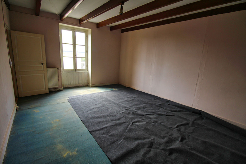 French property for sale in Availles-Limouzine, Vienne - €88,000 - photo 5