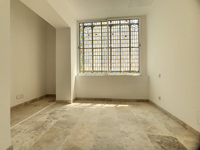 French property for sale in Avignon, Vaucluse - €409,000 - photo 6
