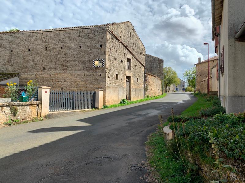 Grange à vendre à Melle, Deux-Sèvres - 46 600 € - photo 4