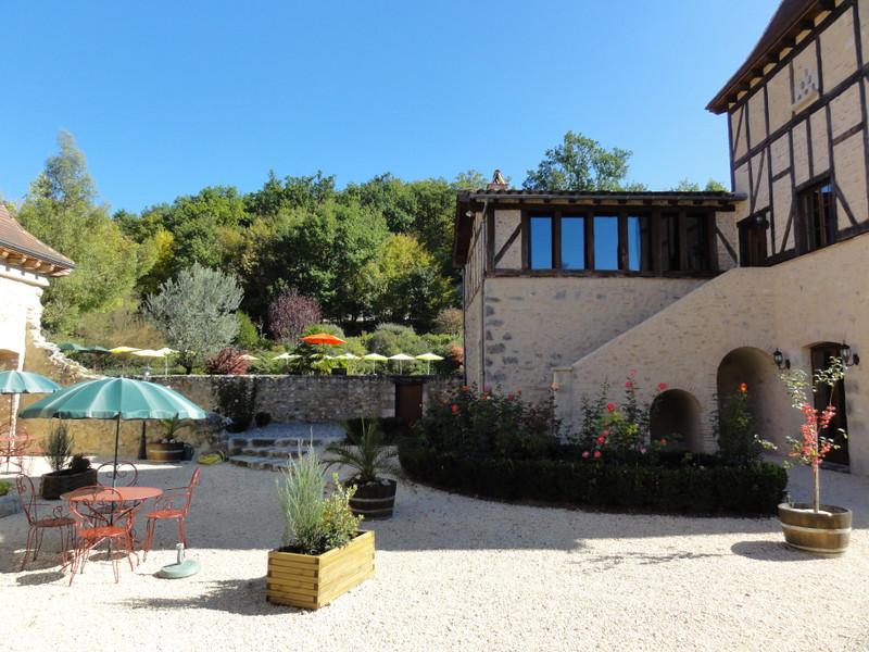 French property for sale in Villeneuve-sur-Lot, Lot-et-Garonne - €1,990,000 - photo 8